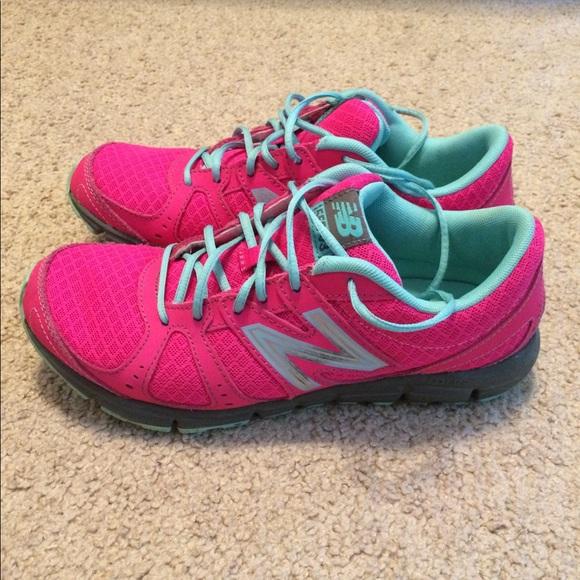 best service 45a73 043de New Balance hot pink 550 v3 running shoes